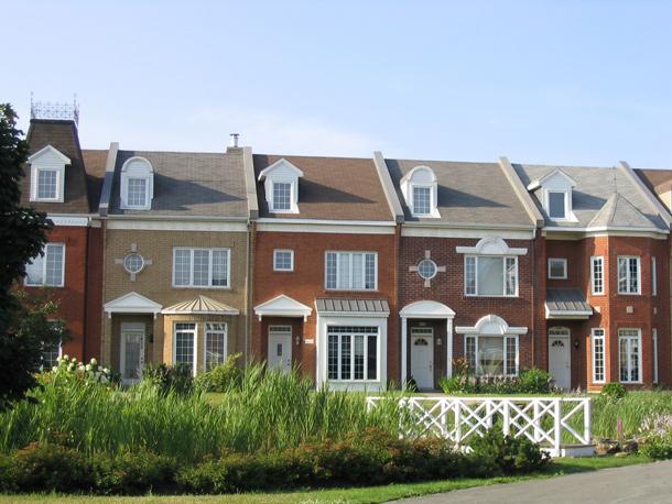 Montreal-Grow-Homes